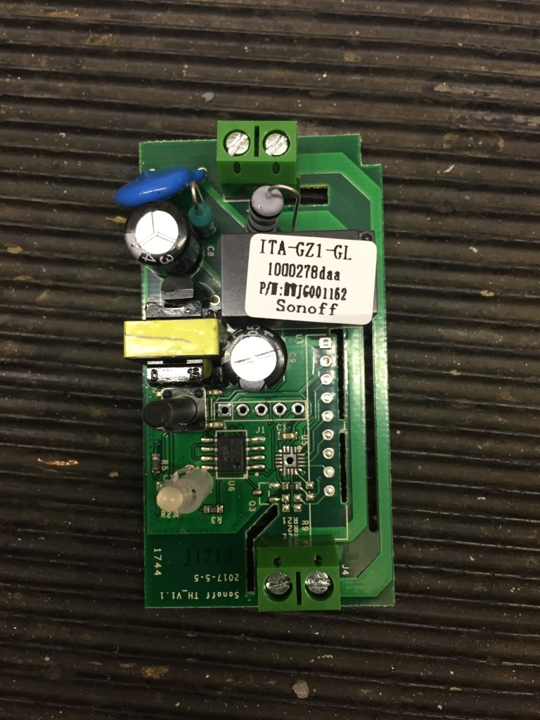 Sonoff Basic Voltage Free Relay Changeover Modification Chatteris Switch Board The Has Sticker On It And Mains Is Switched Through Uses Double Sided Tracks For This